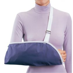 79-84023_clinic_arm_sling_small_blue_hires